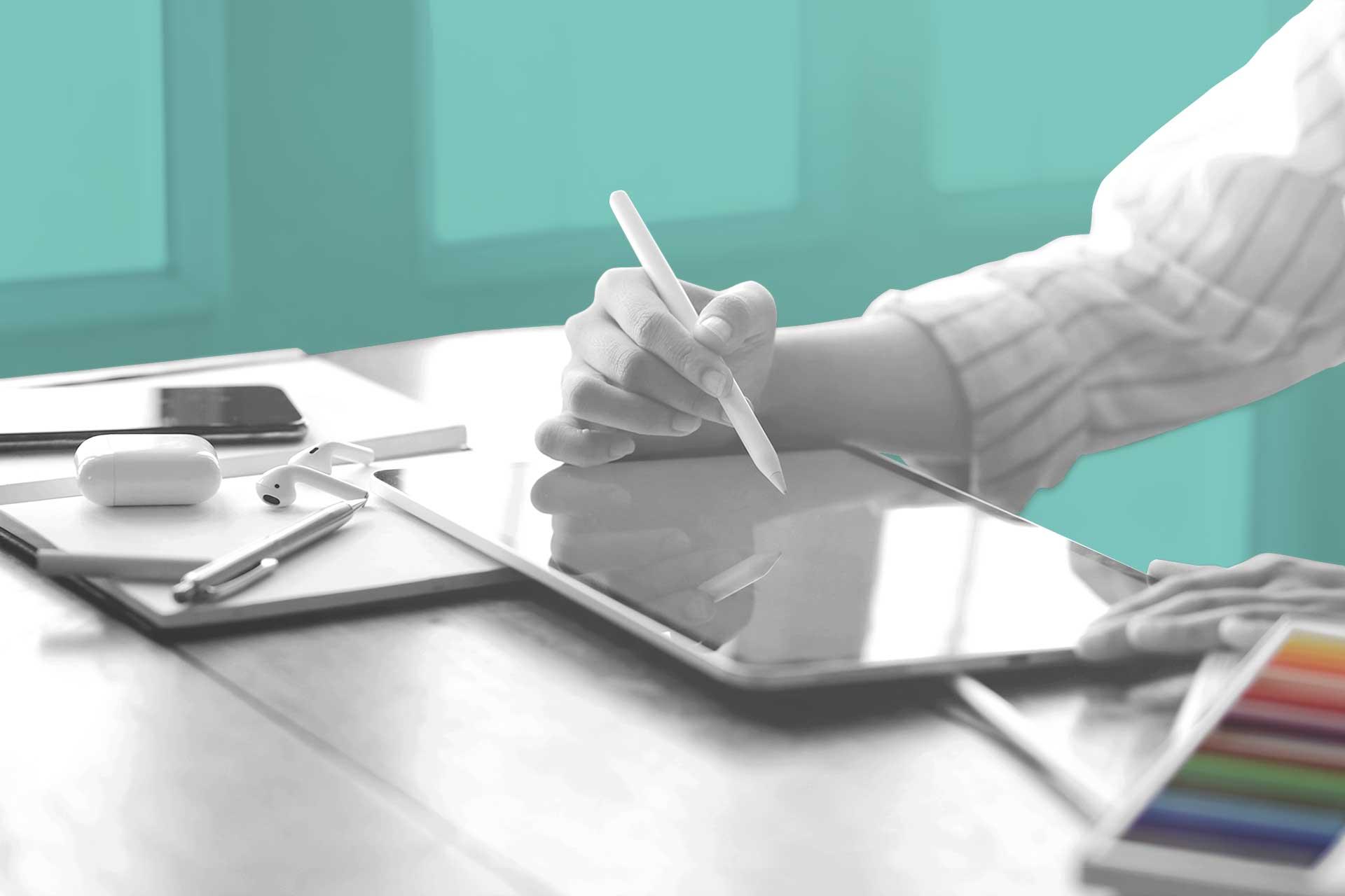 Designer con tablet